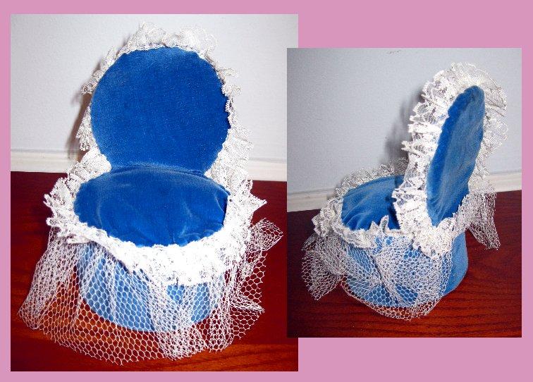 Pincushion chair - Quilting Board